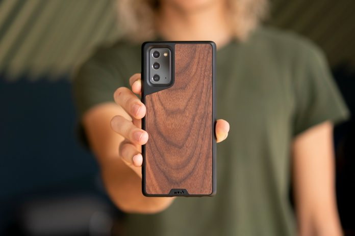 Mous case: Get the iPhone 12's magnetic charging and accessories on your Android phone