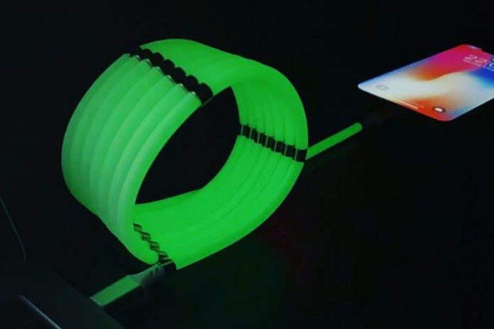 This 3-foot charging cable tidies itself and glows in the dark: Now 17% off MSRP