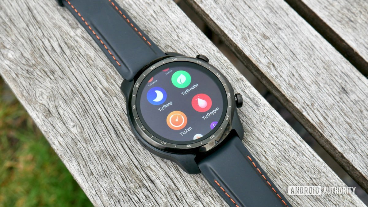ticwatch pro 3 gps review tichealth apps