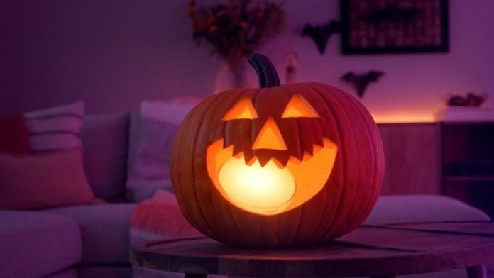 How to celebrate Halloween at home in 2020