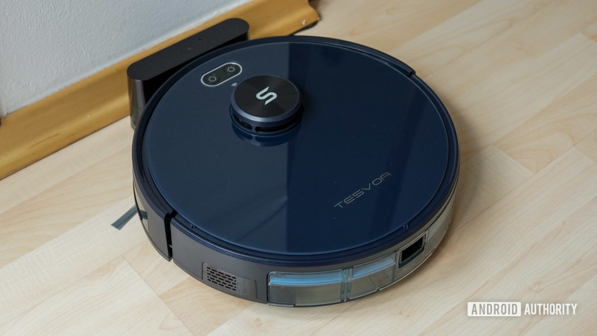 Tesvor S6 robot vacuum docked with dustbin inserted