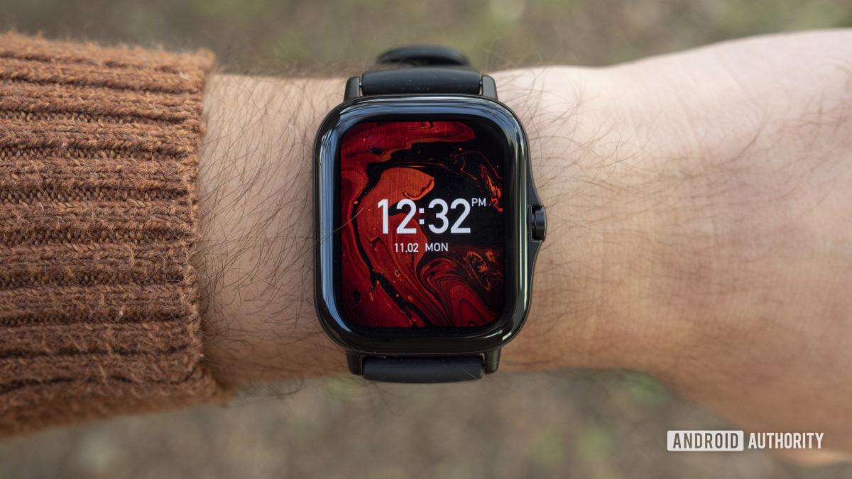 huami amazfit gts 2 review on wrist design display