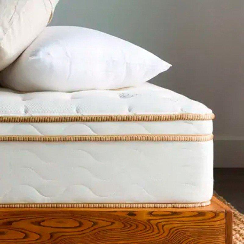saatva-mattress.jpg