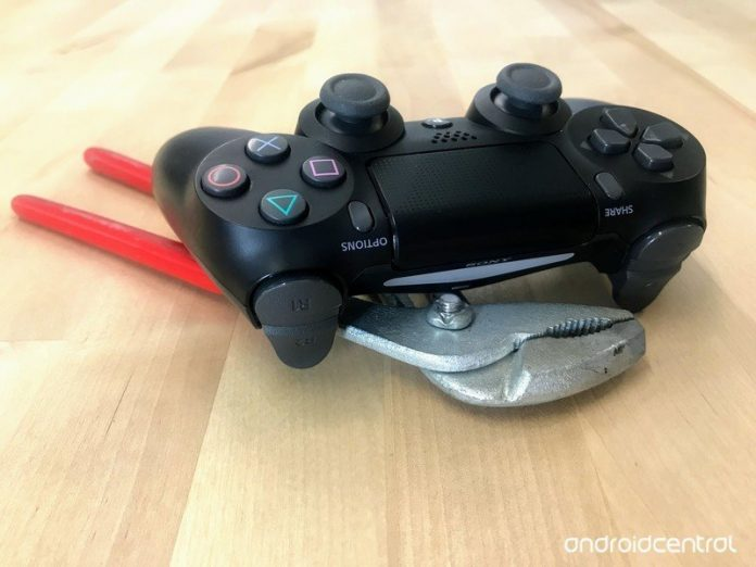 How to fix a flashing white PS4 controller
