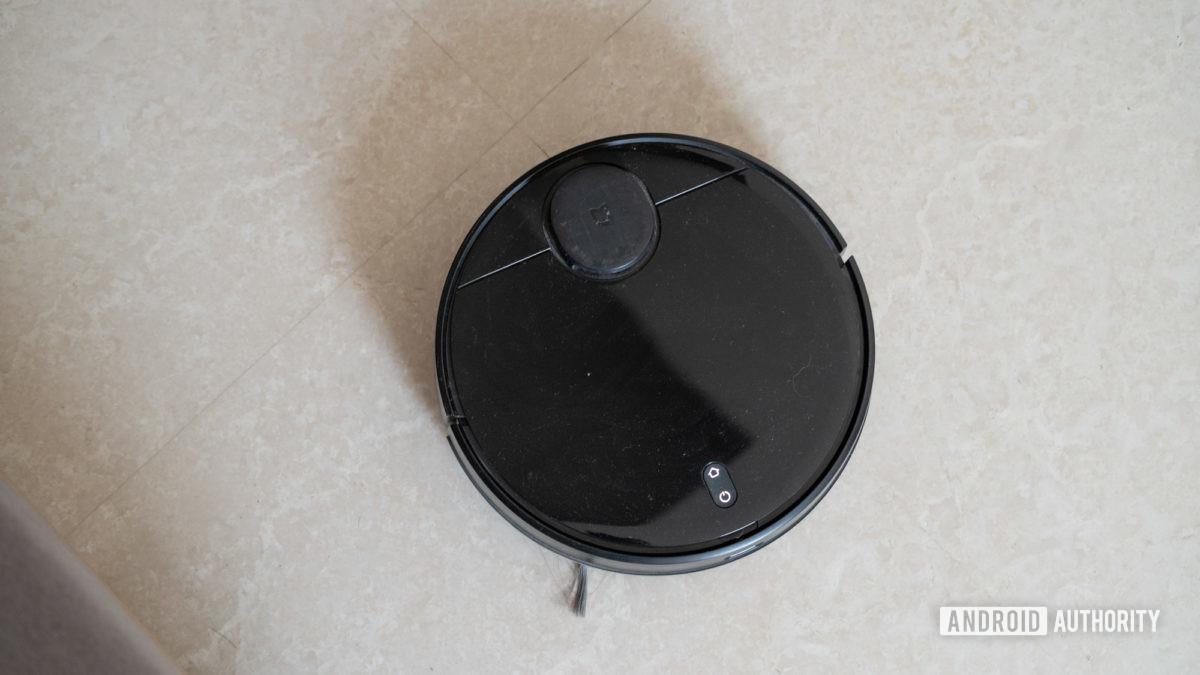 Mi Robot Vacuum Mop P top down view