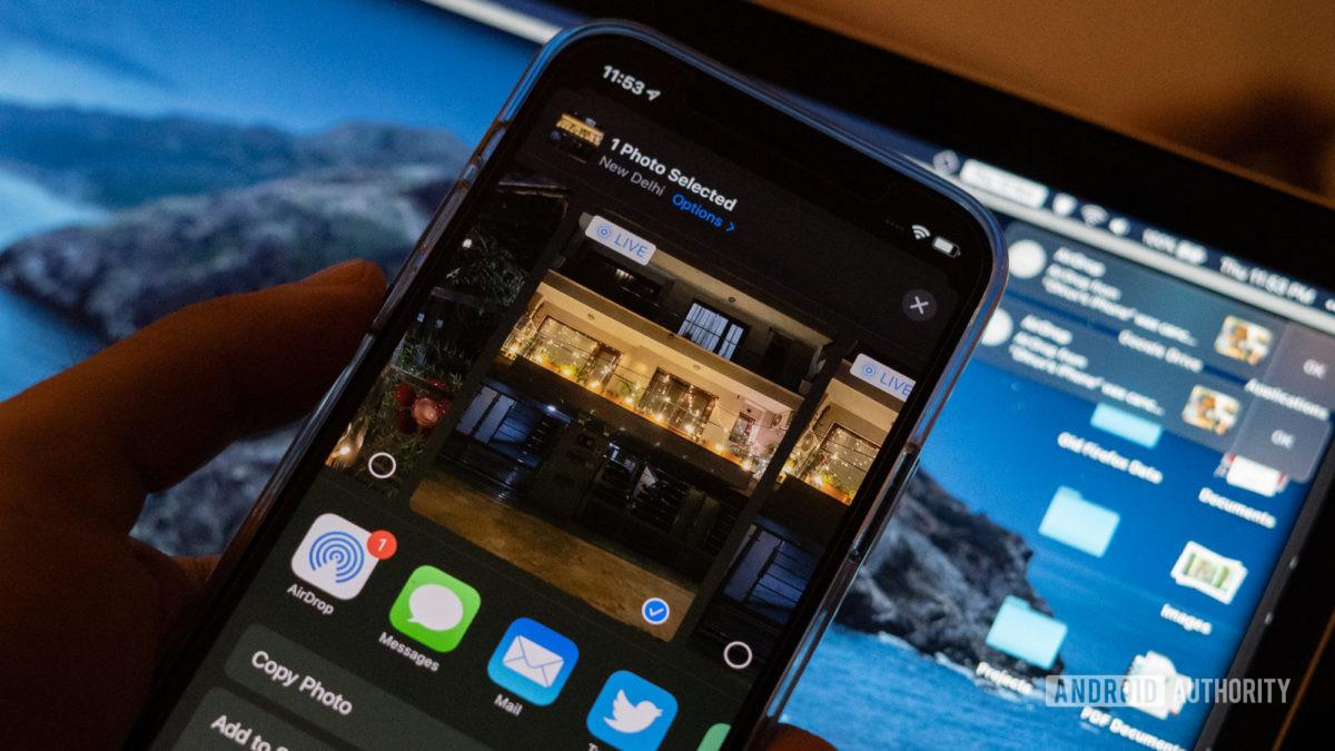 iPhone 12 airdrop