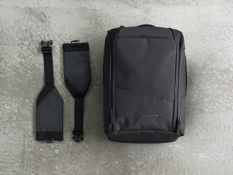 nomatic-travel-pack-lifestyle.jpg