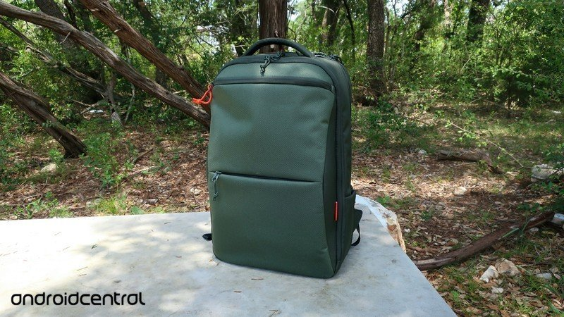 lenovo-eco-pro-backpack-8.jpg