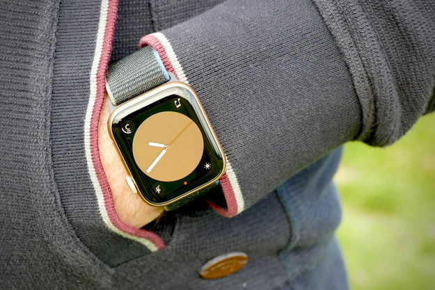 Apple Watch SE down to new lowest-ever price at Amazon for Black Friday