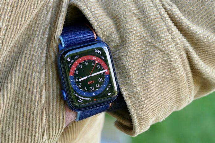 Best Buy discounts the Apple Watch Series 6 by $60 for the holidays
