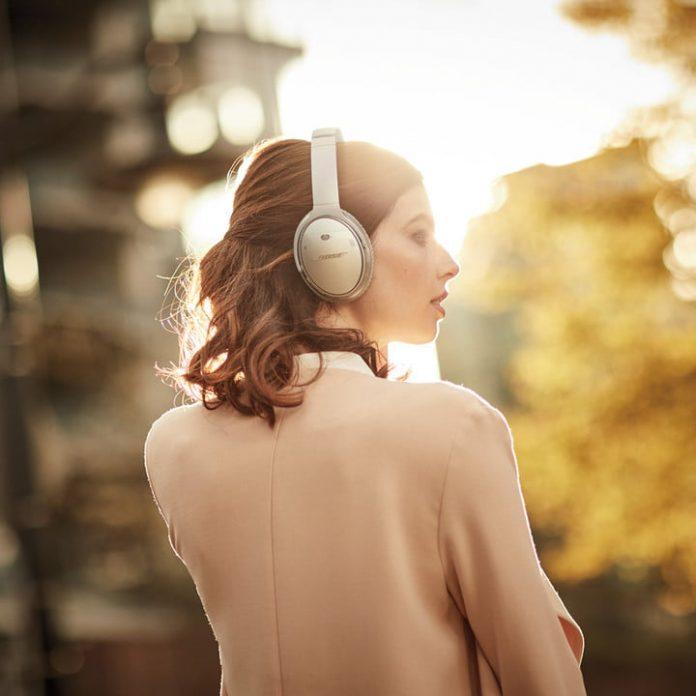 Bose QuietComfort II headphones just got a $30 price cut at Amazon
