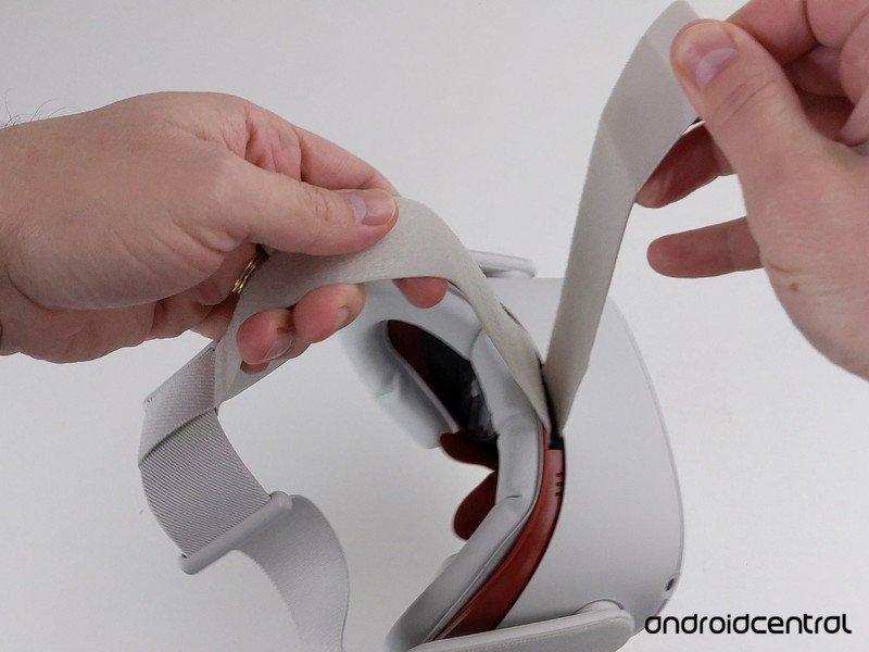 quest-2-top-strap-undone.jpg