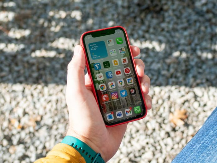 How to take a screenshot on an iPhone 11