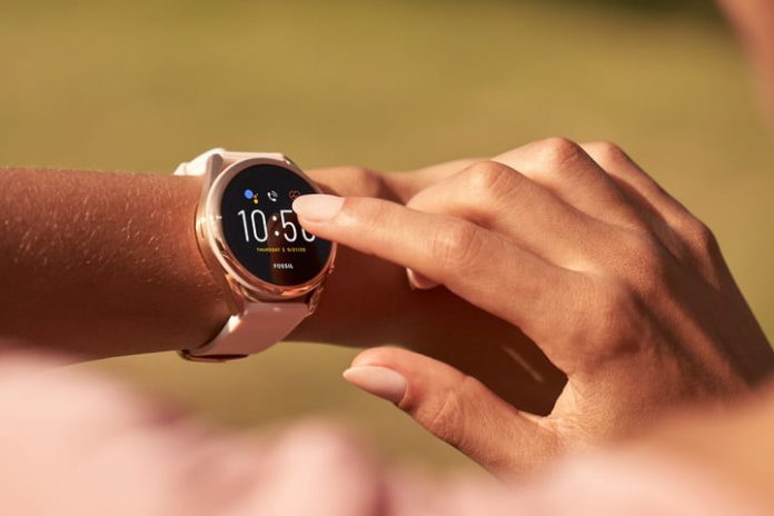 Fossil will bring its Gen 5 LTE smartwatch to more carriers and countries soon