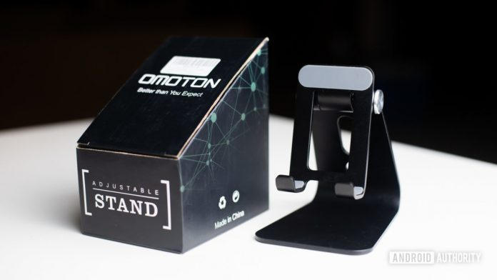 Omoton C3 Cell Phone Stand review: It also works for tablets?!