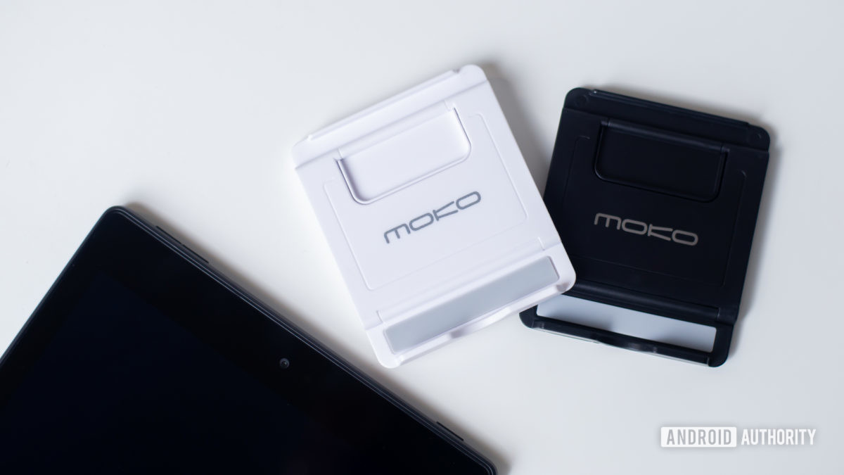 Moko PhoneTablet Stand Review 10