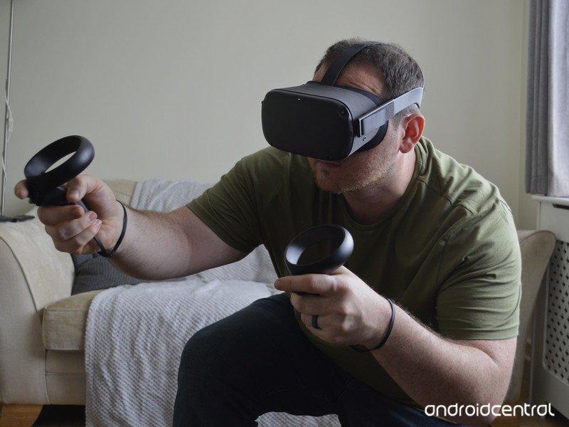 oculus-quest-sean-kneeling.jpg