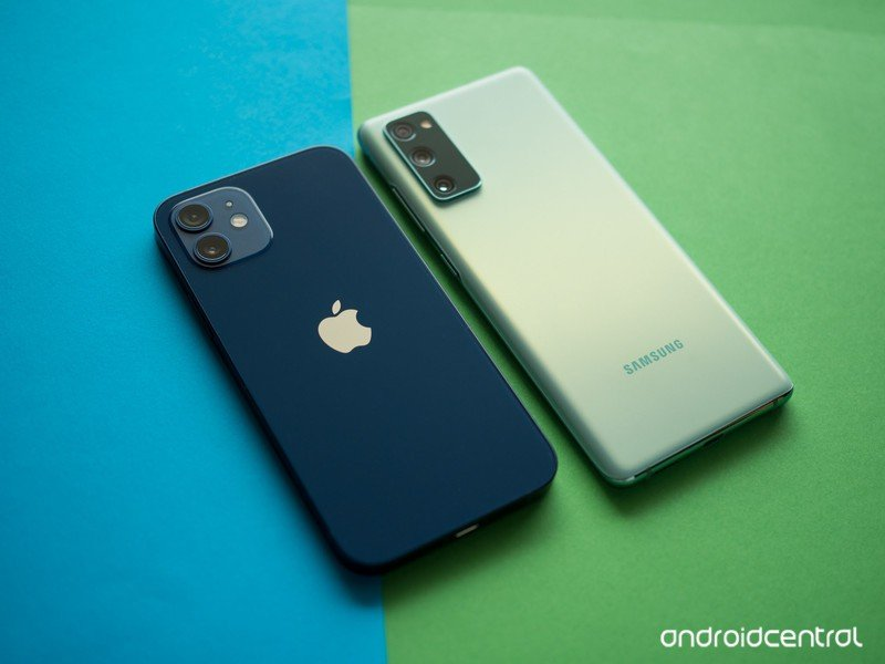 galaxy-s20-fe-vs-iphone-12-6.jpg