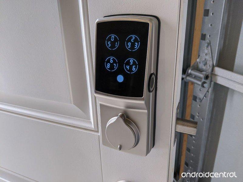 lockly-secure-pro-deadbolt-026.jpg
