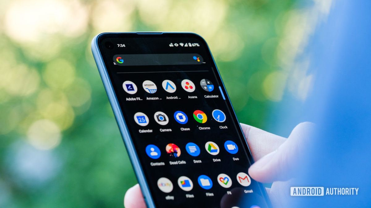 Google Pixel 4a upper half of display with apps 2