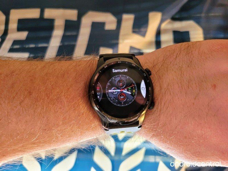 ticwatch-pro-3-wear-os-watch-face-change