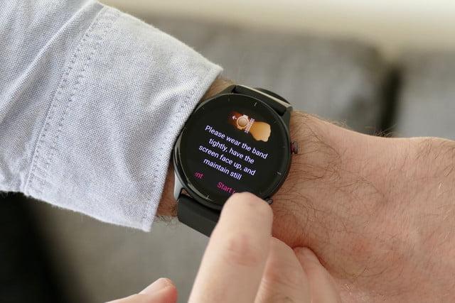 amazfit gtr 2e smartwatch review spo2