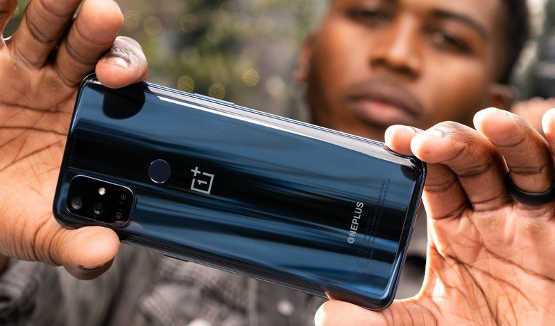 oneplus-nord-n10-5g-lifestyle-2a.jpg