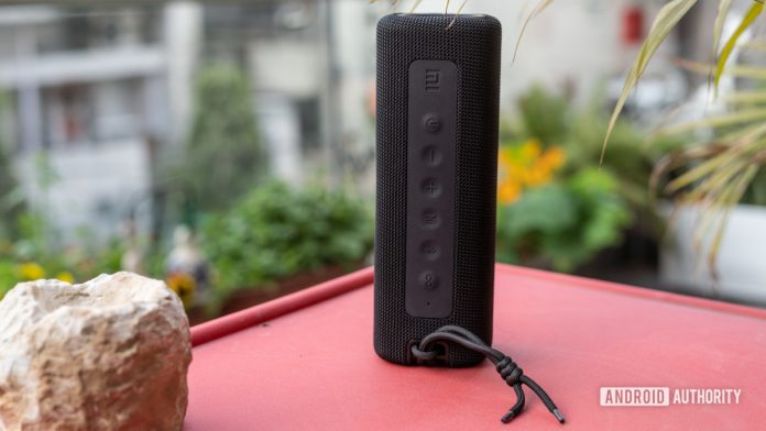 Xiaomi Mi Portable Bluetooth Speaker review: Boom for your buck