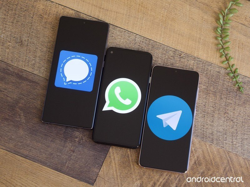 telegram-vs-signal-vs-whatsapp-hero-2.jp