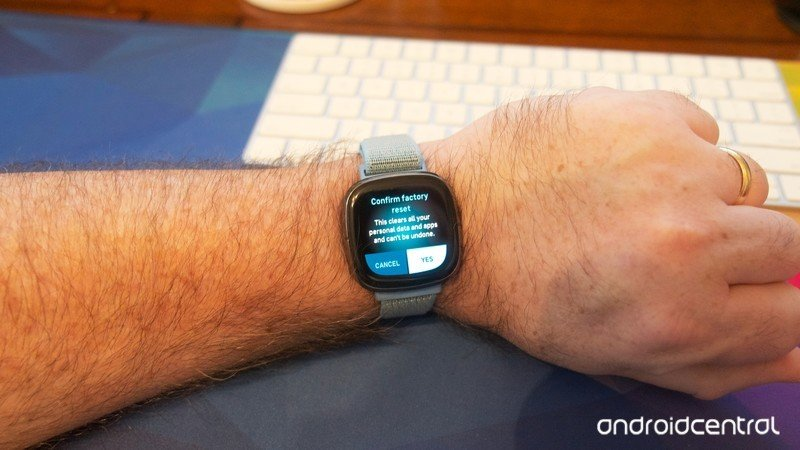 how-to-factory-reset-fitbit-smartwatch-5