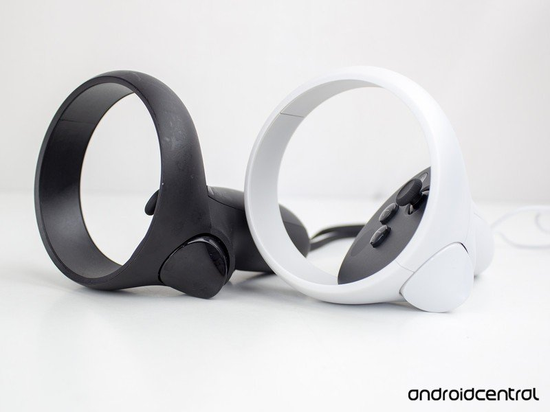 oculus-quest-2-vs-quest-controllers-9.jp