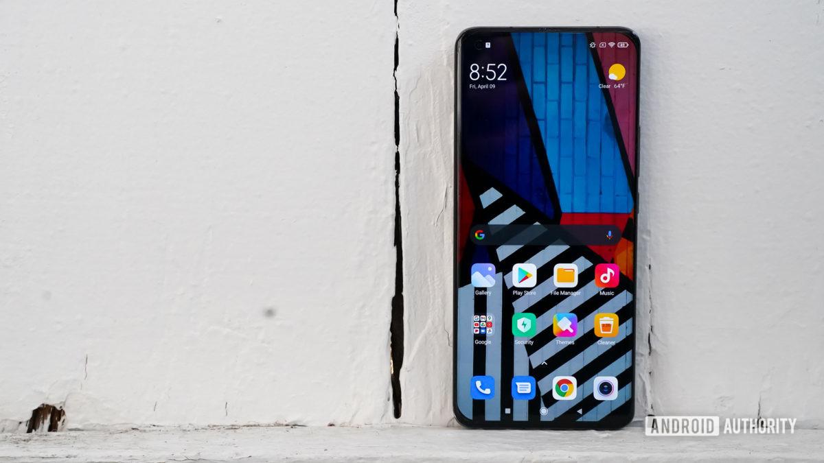 Xiaomi Mi 11 Ultra screen right