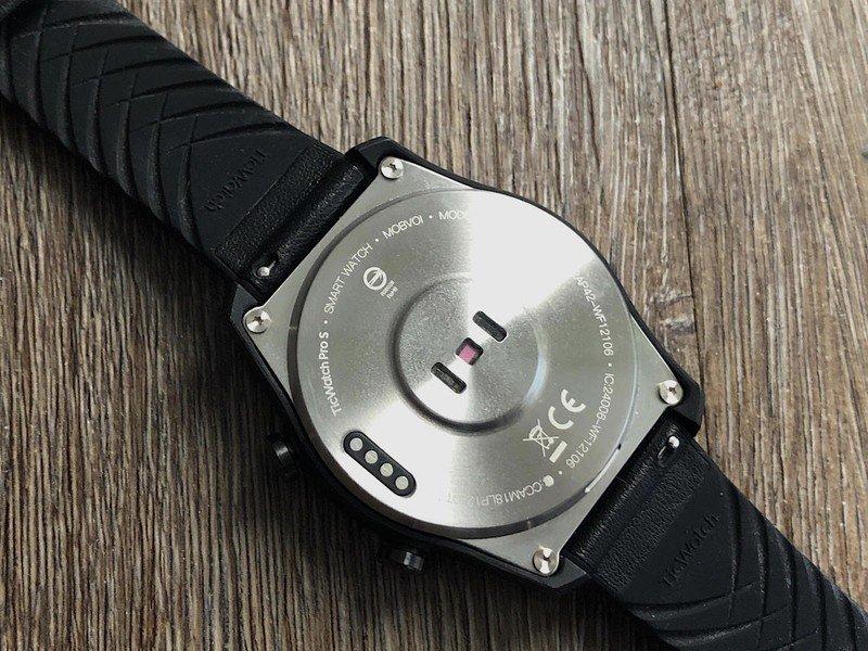 ticwatch-pro-s-02-hero.jpg