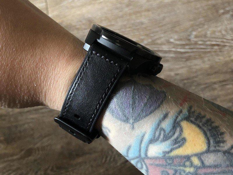ticwatch-pro-s-04-hero.jpg