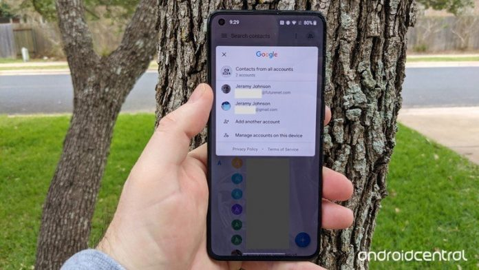 Upload a new Google profile photo from the Contacts app. Here's how!
