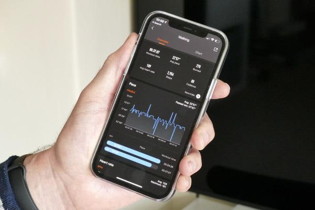 xiaomi mi band 6 review walking app