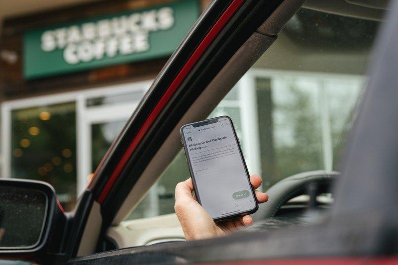 starbucks-mobile-app-pickup.jpg