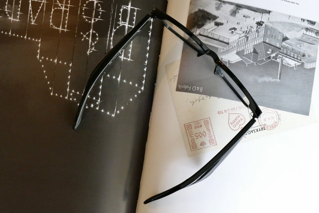 razer anzu smartglasses work best at home top down