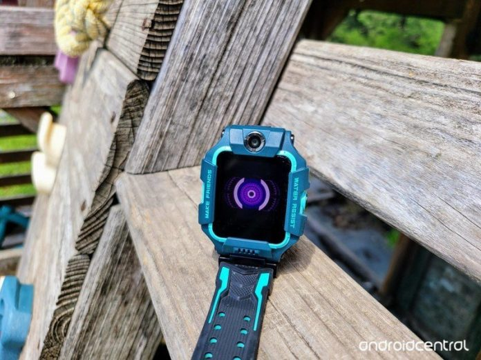 Review: imoo Watch Phone Z6 flips and flops