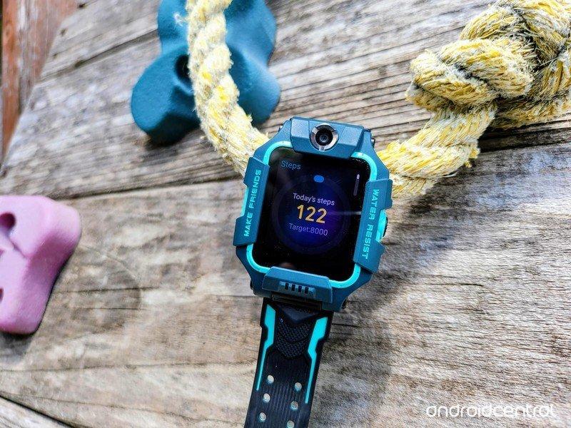 imoo-watch-phone-z6-lifestyle-012.jpg