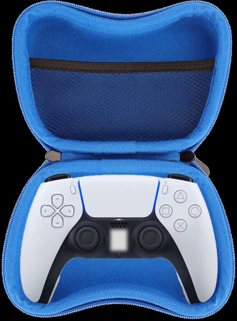rtop-game-controller-storage-case-render