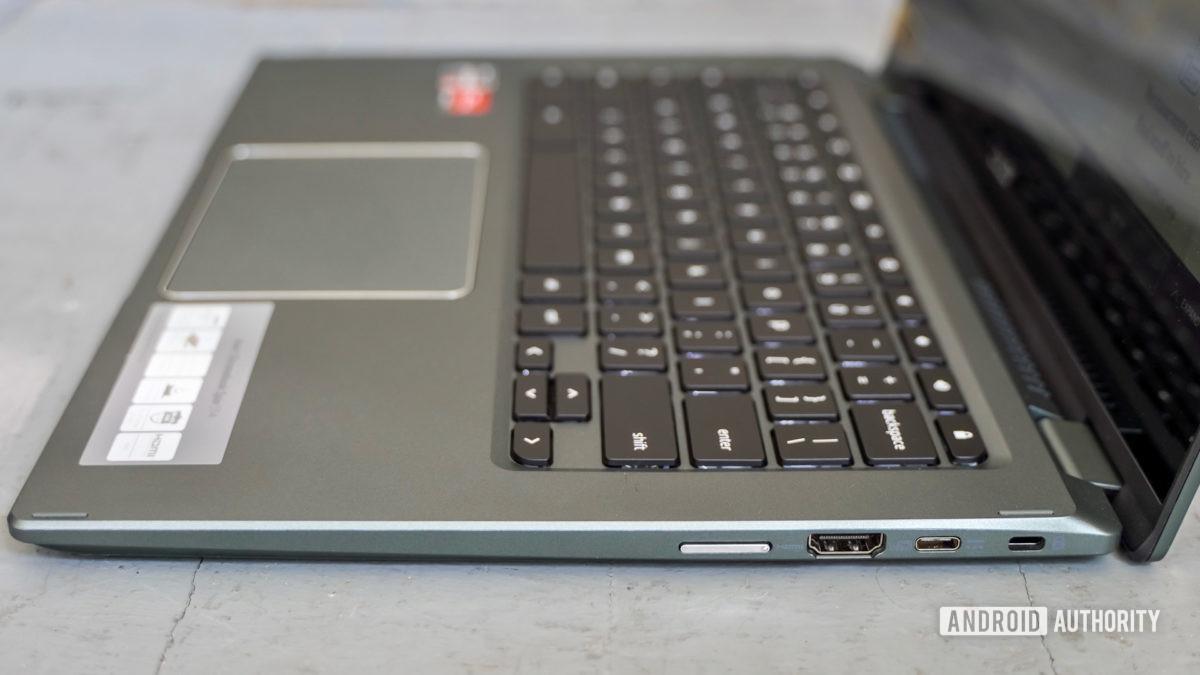 Acer Chromebook Spin 514 right edge