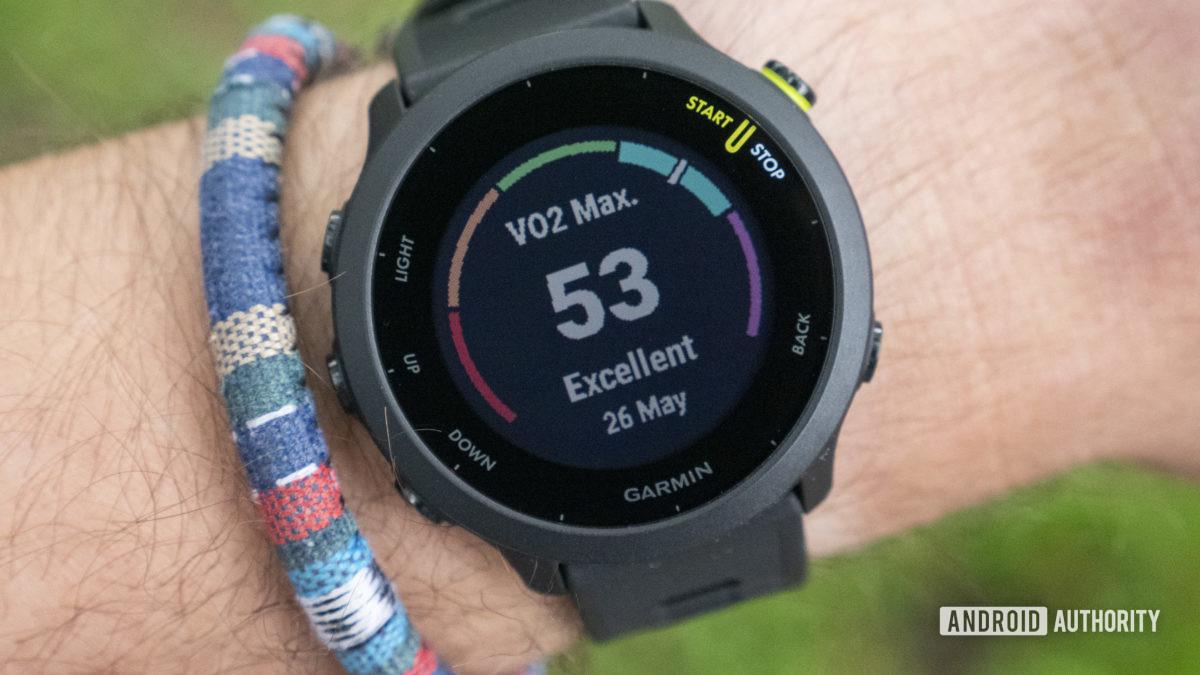 Garmin Forerunner 55 review vo2 max on wrist