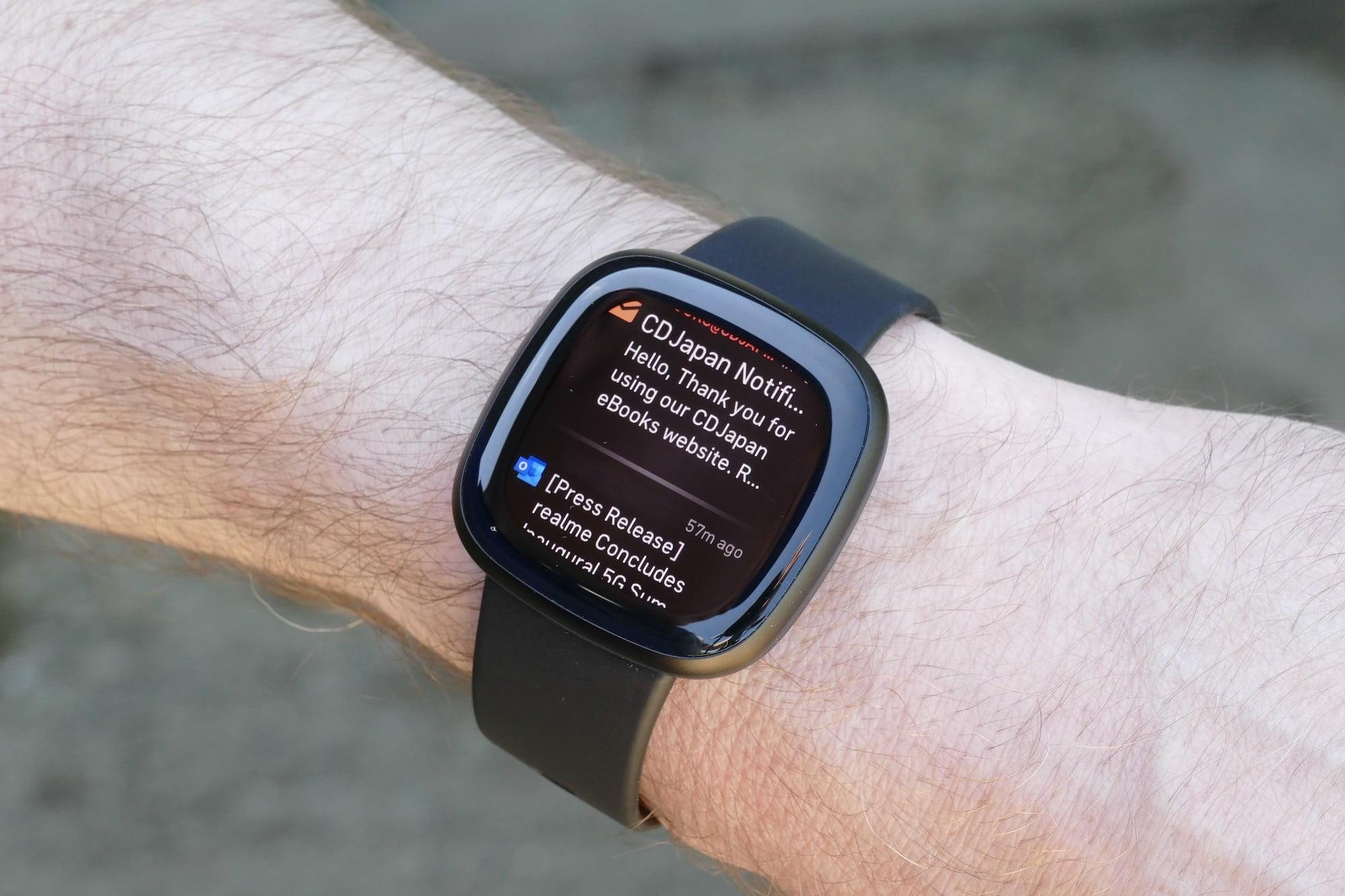 Fitbit Versa 3 notifications