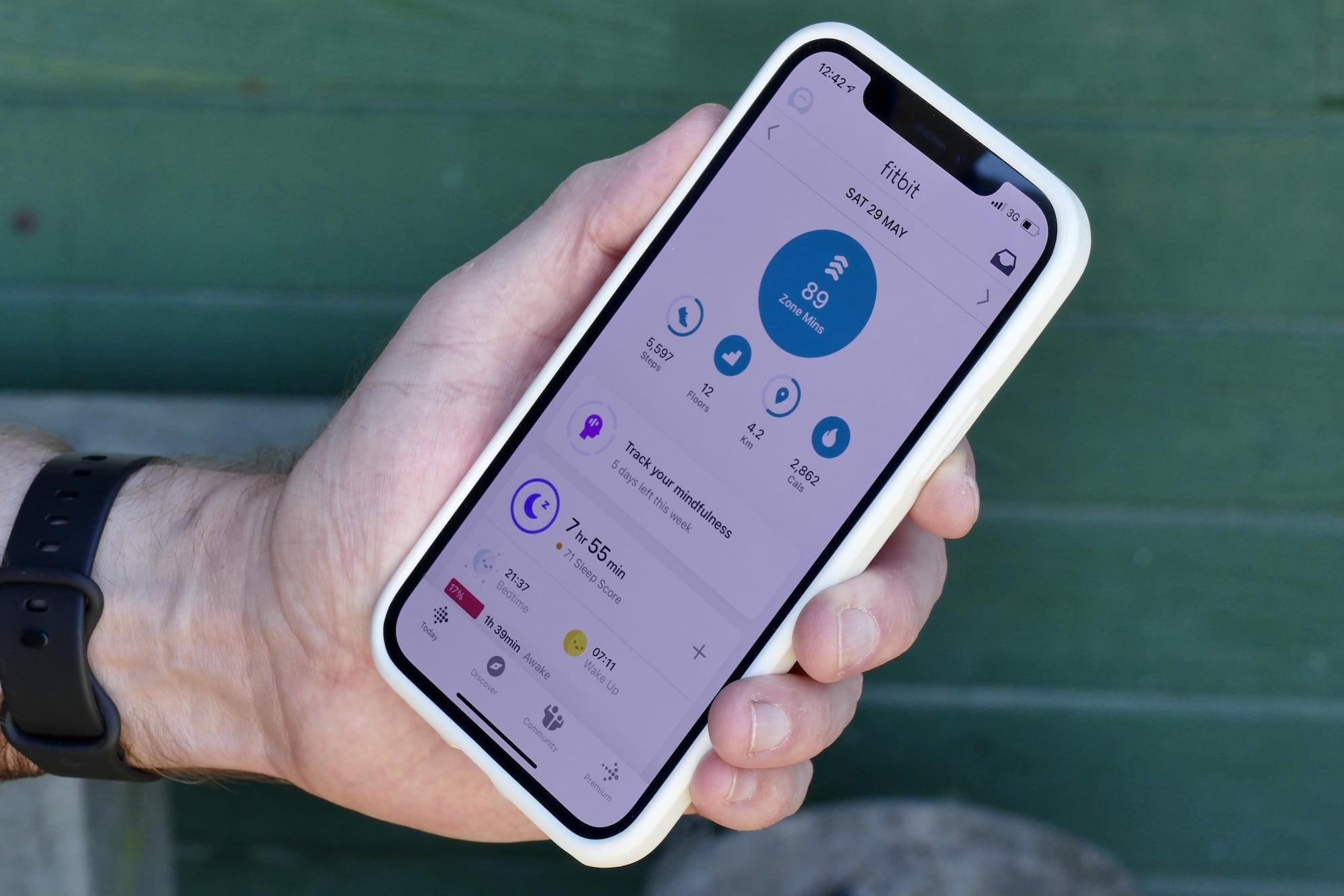 fitbit versa 3 review app zone