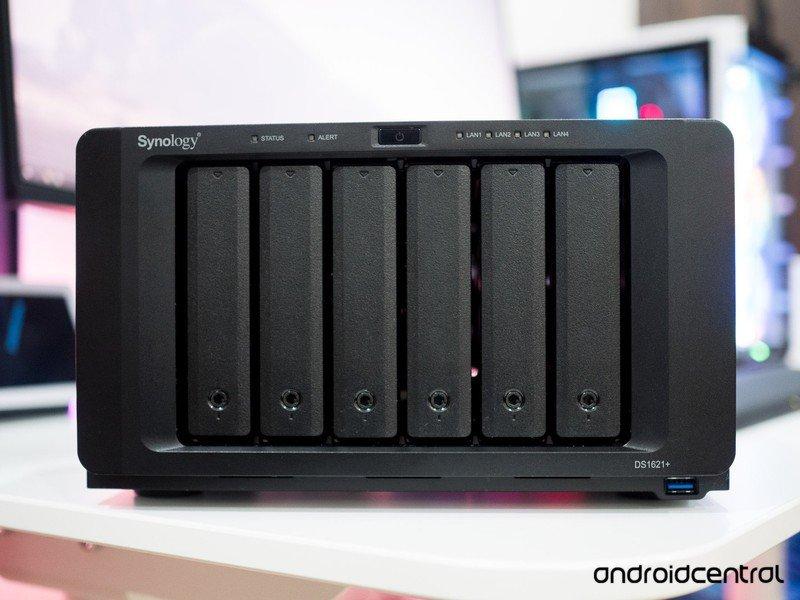 synology-diskstation-ds1621-plus-9.jpg