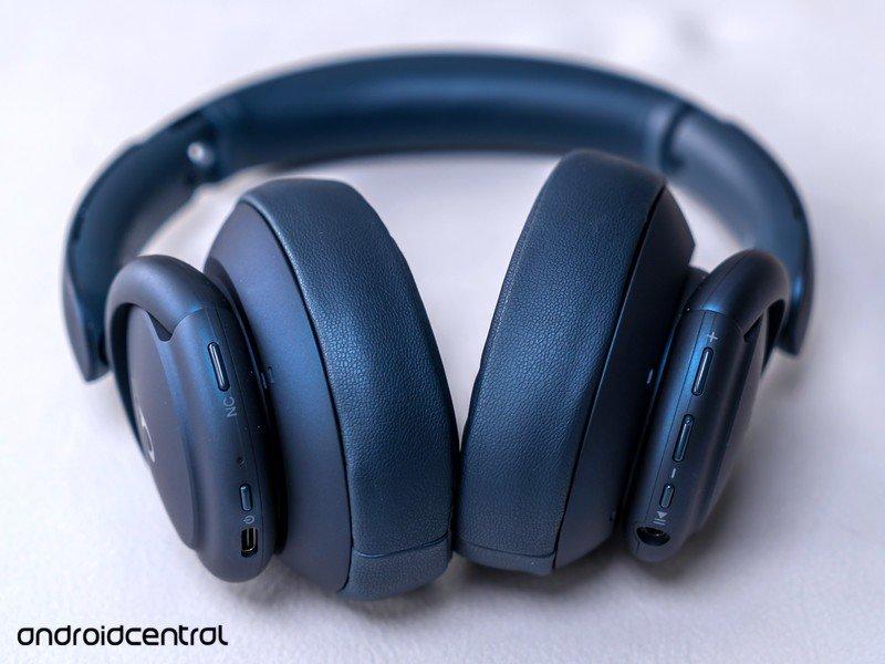 soundcore-life-q35-bottom.jpg