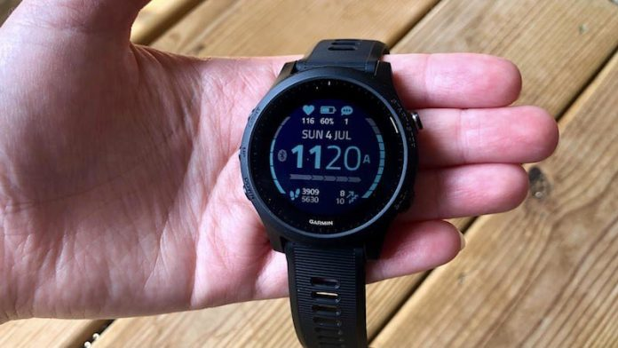 Review: The Garmin Forerunner 945 is a running watch that can keep up