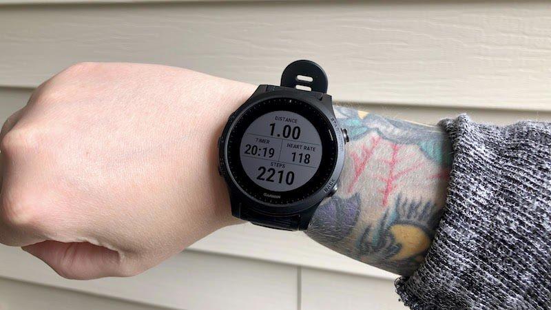 garmin-forerunner-945-workout-lifestyle.