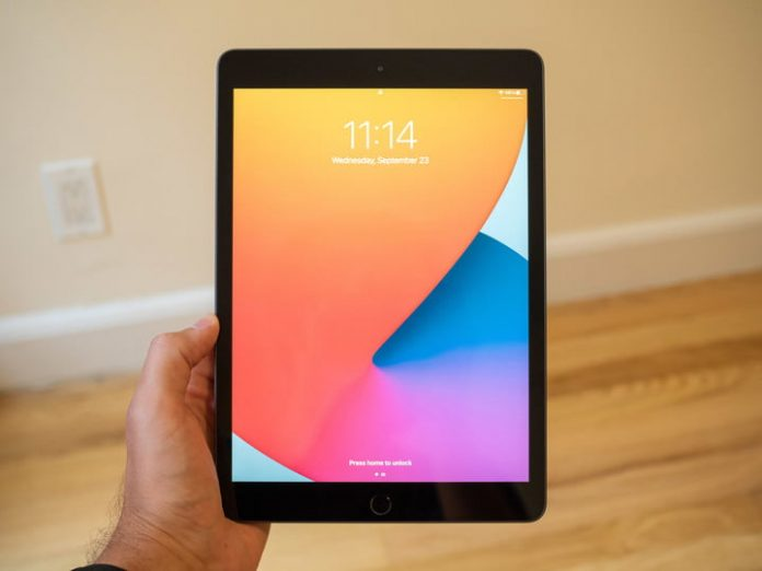 iPads are super cheap at Staples today